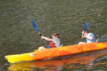 2 concurents en kayak